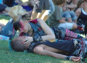 punks in love photo by LordKhan on Flickr http://www.fotopedia.com/items/flickr-181561342