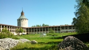 Monastery in Goritsy, Photo by Jacey Culross, used with permission by the Honors Program at Ferris State
