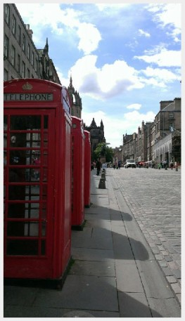 Red Telephone Booth, Edinburgh. Photo by Kathryn Wilson, used with permission by the Honors Program at Ferris State